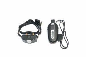 Elektrohalsband und Fernbedienung