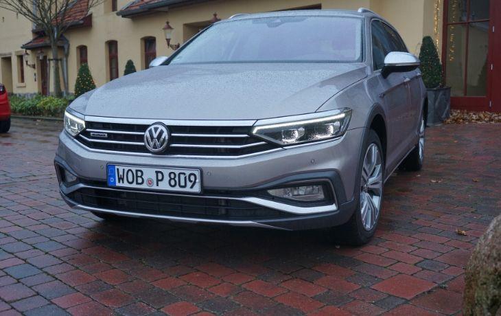 VW Passat Alltrack: Auto komplett